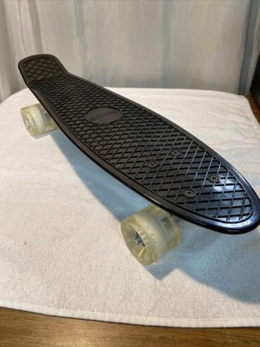 22in skateboard black nib open box penny