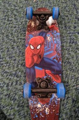 Ultimate Spider Man 21 Inch Wood Cruiser Skateboard Beginner